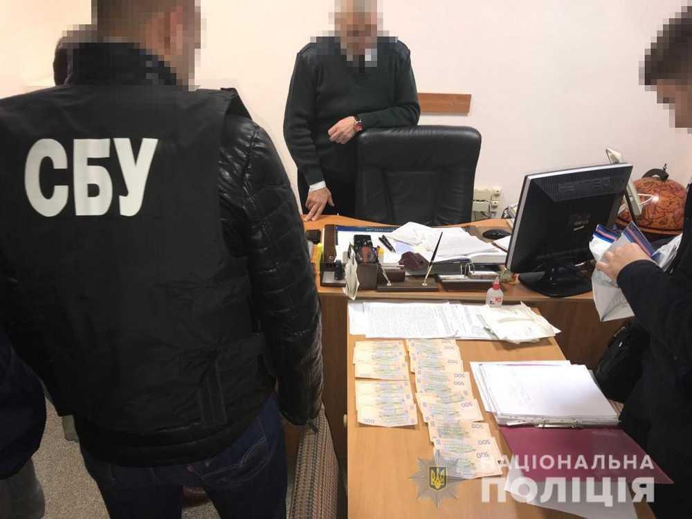 Начальника залізничної станції звинувачують у вимаганні хабара