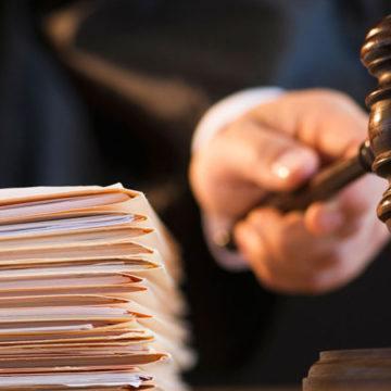 Чиновника, який сприяв розкраданню вінницьких лісів, засудили на п'ять років