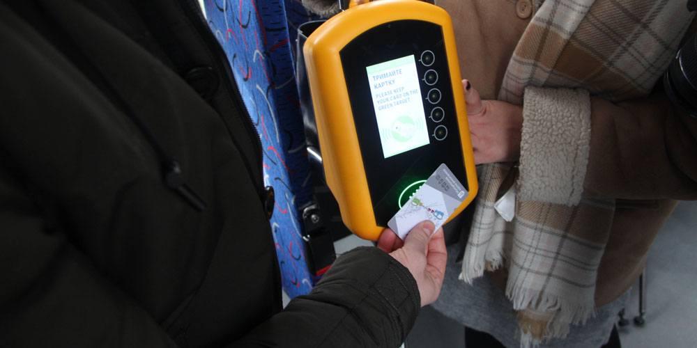 У вінницьких трамваях тепер можна оплачувати за проїзд електронним квитком
