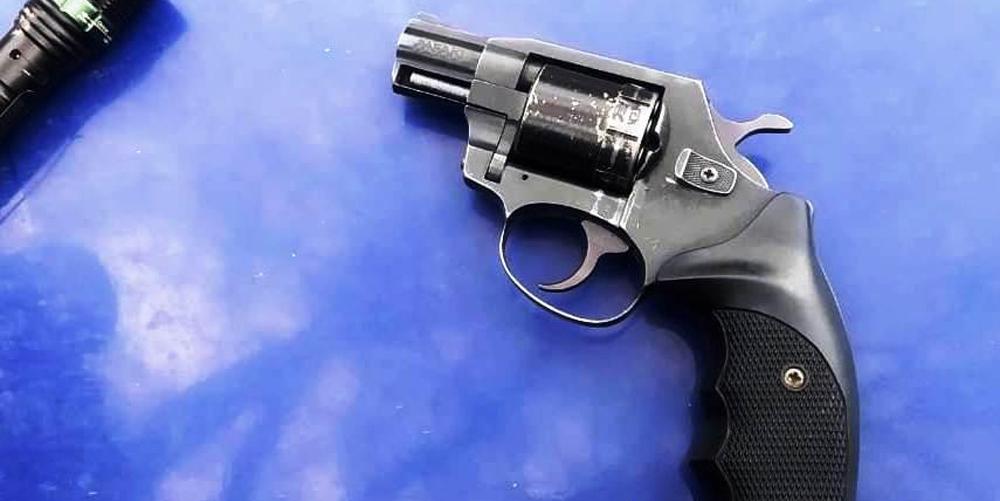 У мешканця Бершадського району поліція вилучила револьвер та набої