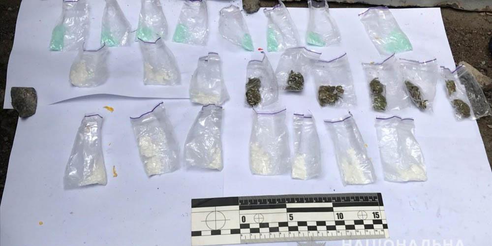 У Вінниці 30 пакетиків з наркотиками вилучили у студента