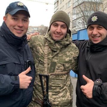 Вінницькі поліцейські змінили своїх колег, що несли службу на території ООС