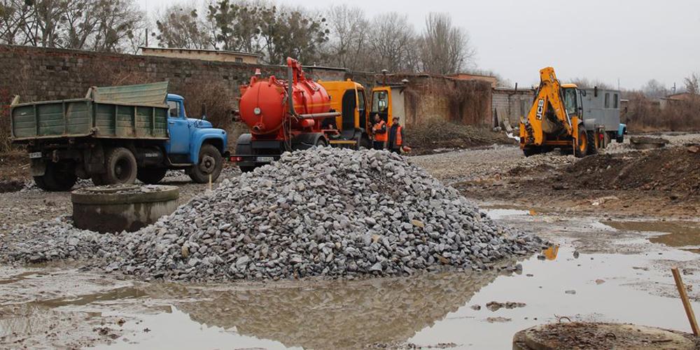 У Вінниці низький тиск у водогоні - водоканал продовжує ремонтні роботи