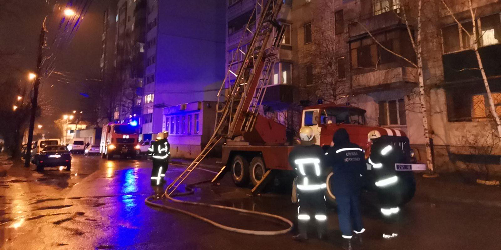 У Вінниці згоріла квартира захаращена сміттям - загинула 49-річна жінка