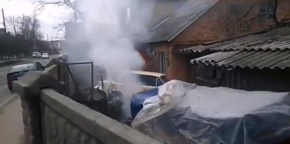 Господар, що спалював сміття по вулиці Гліба Успенського у Вінниці отримав протокол