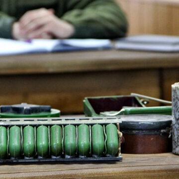 Канадські інструктори навчають калинівських гвардійців мінно-вибухової справи