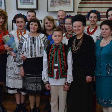 """""""Скарби Прикарпаття"""" презентували у Вінниці, виставка працюватиме до 23 березня"""