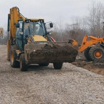 У Вінниці будівельники підготували щебеневу основу нової дороги на вул.Гонти