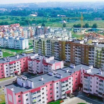 Мешканці мікрорайону «Академічний» у Вінниці вимагають знести самовільні паркани