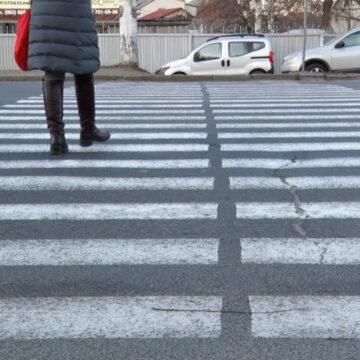 У Вінниці просять облаштувати перехрестя пішохідним переходом