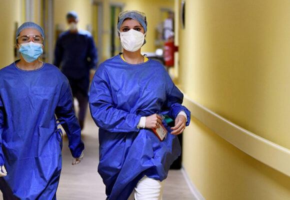 У Жмеринці захворіли двоє медиків, які контактували з пацієнткою з COVID-19