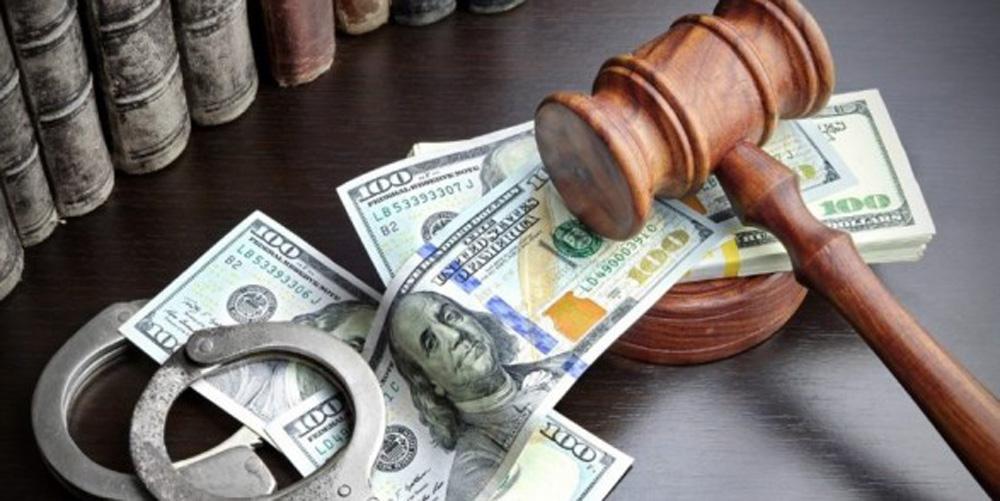 На Вінниччині адвокат виманів у клієнта 1 тис.  дол.  на хабар і присвоїв їх - МІСТО