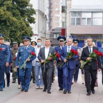 У Вінниці поклали квіти з нагоди Дня незалежності
