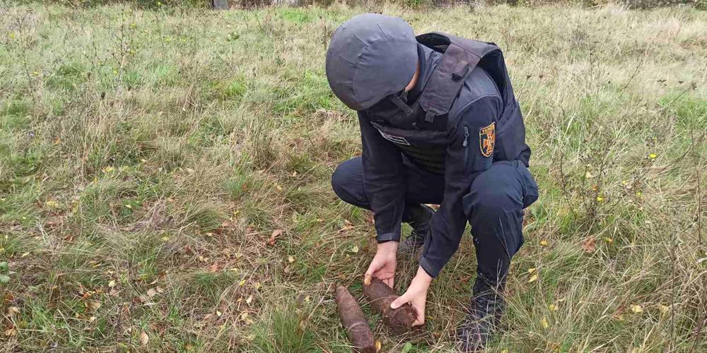 Вінницькі рятувальники знищили три арснаряди
