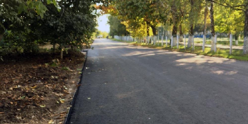 У Крижополі відновлюють автомобільні дороги по вул.Чорновола та Хмельницького