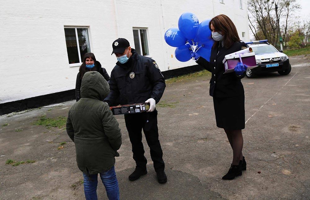 Вінницькі поліцейські здійснили мрію маленького вінничанина