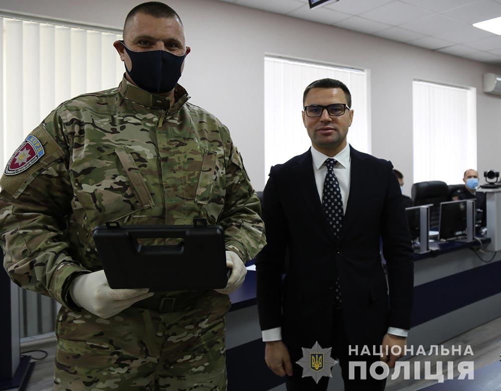 Вінницьких КОРДівців відзначили нагородною зброєю