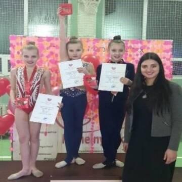 Юні Вінничанки здобули першість на змаганнях з художньої гімнастики