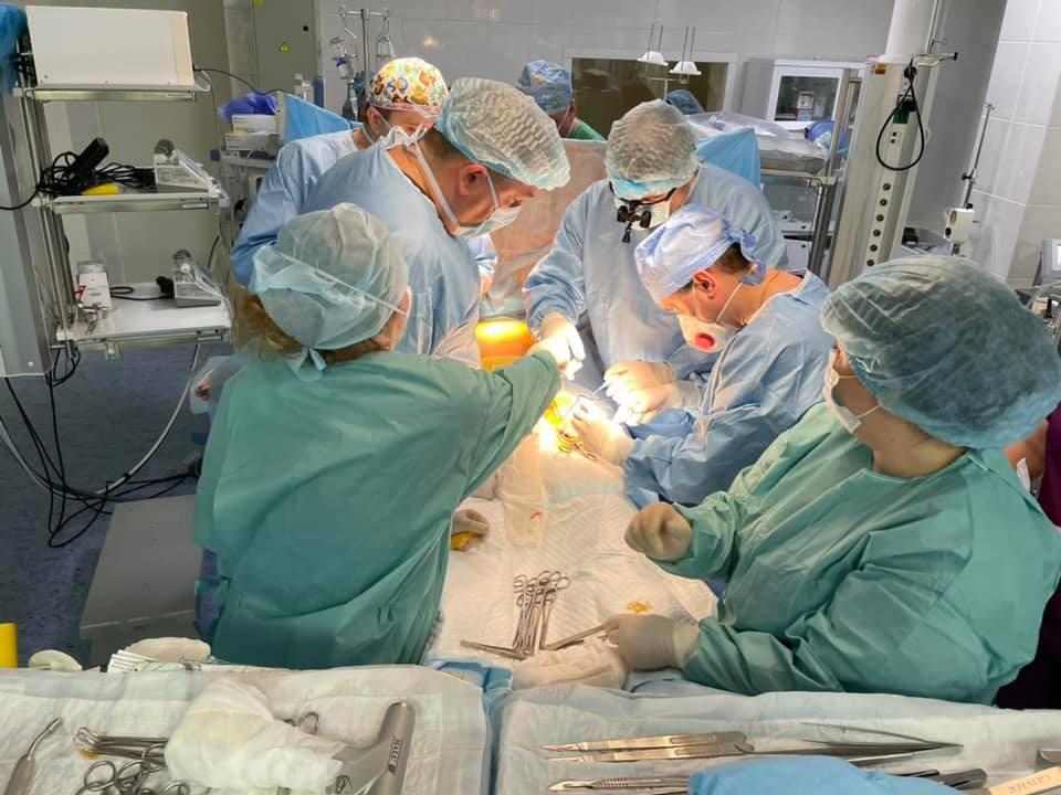 З Вінницької лікарні виписали пацієнта, якому провели унікальну операцію на серці