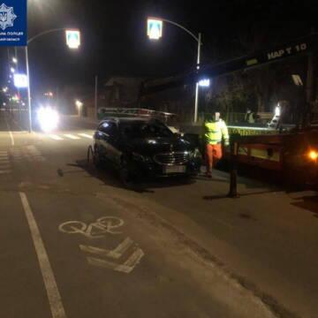 П'яний водій обматюкав та ледь не побив вінницьких поліцейських