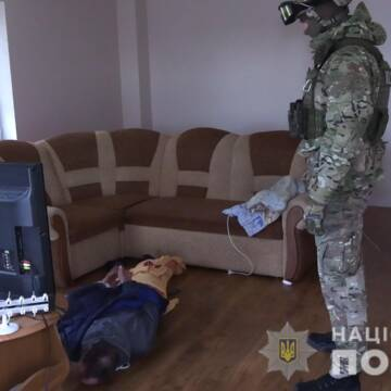 У Вінниці затримали чоловіка, який погрожував підірвати будинок