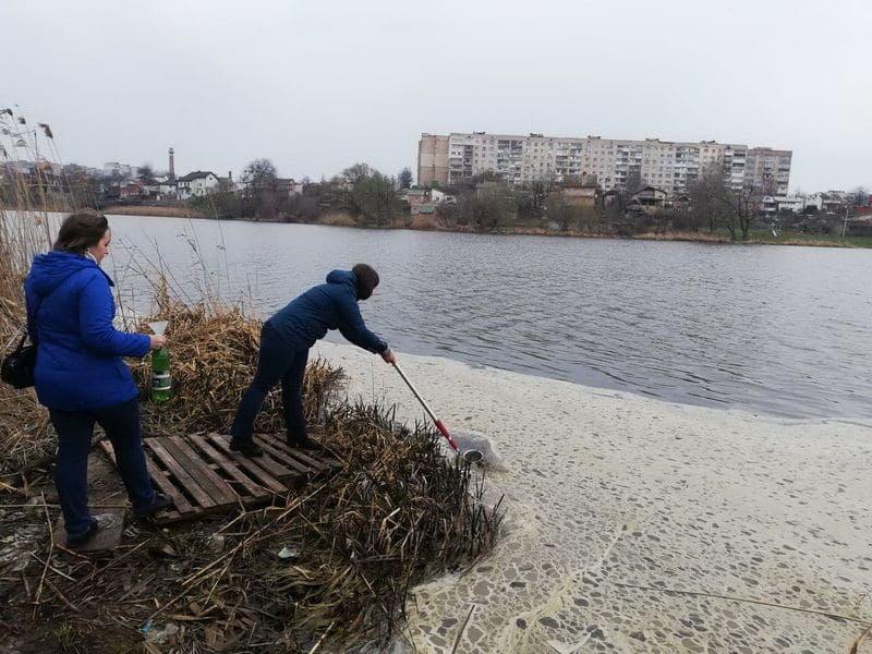 У Вінниці екологи перевірили якість води у Південному Бузі