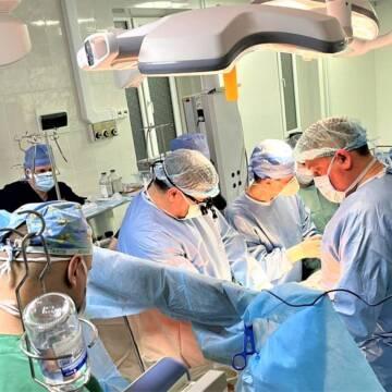 У Вінниці провели унікальну операцію на зупиненому серці