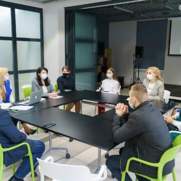 """У Вінниці презентували шкільний проект """"Зелений стартап у шкільній громаді"""""""