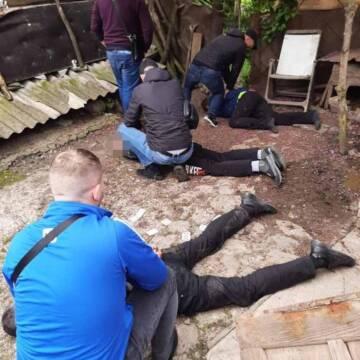 У Вінницькому районі було затримано групу грабіжників