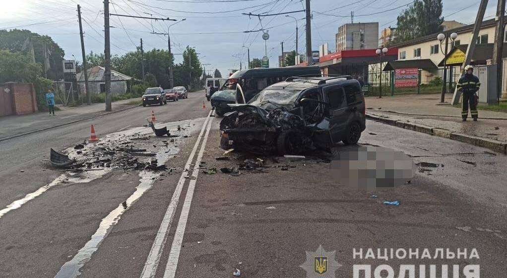 В аварії у Вінниці загинула людина, ще двоє в реанімації