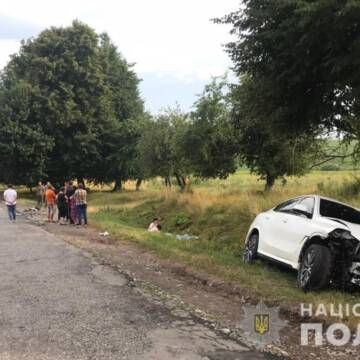 ДТП на Вінниччині: двоє людей загинуло, ще трьох госпіталізовано