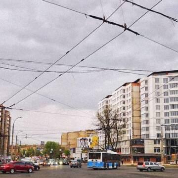 """У """"полоні"""" телекомунікаційного свавілля: що думають вінничани?"""