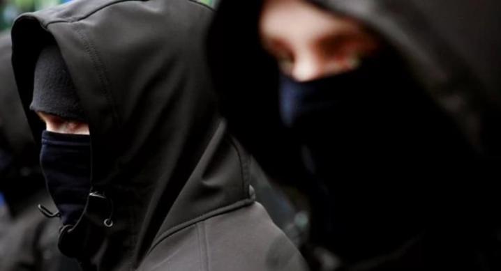 На Вінниччині злочинна група пограбувала чоловіка на 200 тисяч гривень
