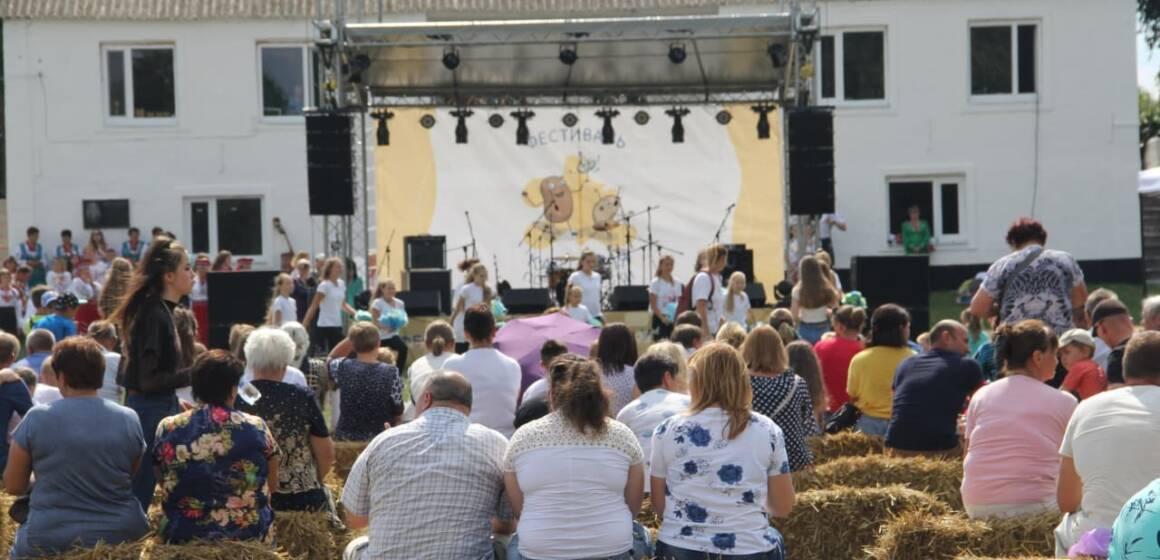 """На Вінниччині вперше провели фестиваль """"Картопля по-уланівськи"""""""