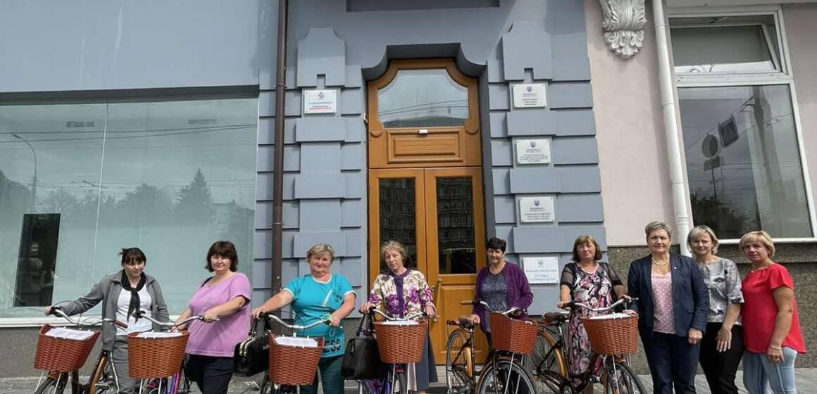 Для соціальних працівників, які працюють на новоприєднаних територіях Вінницької міської територіальної громади, придбали велосипеди