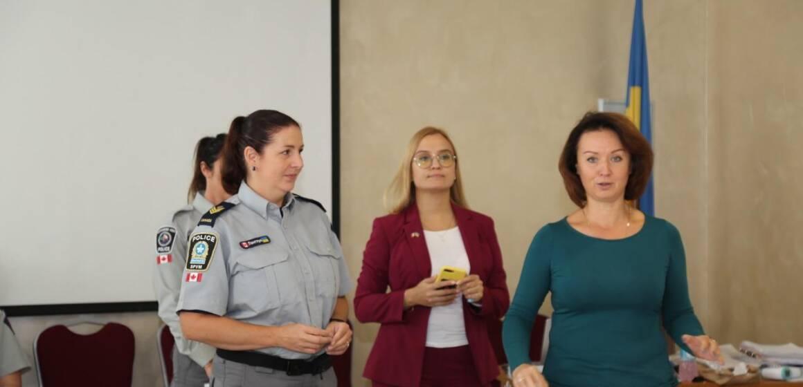 Курси з протидії домашньому насильству провели для поліцейських