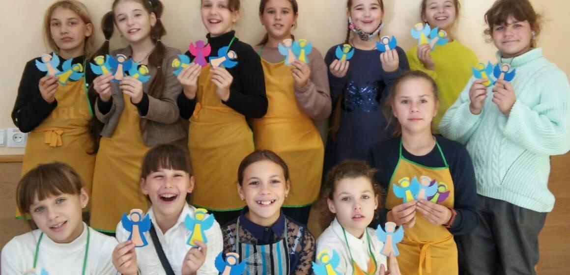 Школярі Вінниці долучились до патріотичного онлайн-марафону