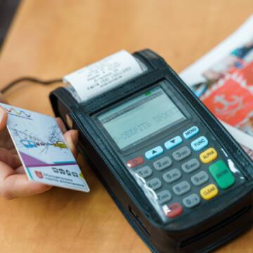 """Муніципальною карткою вінничанина, тепер можна проголосувати за проєкти """"Бюджет громадських ініціатив"""""""