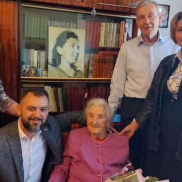 Вінничанку привітали з 100-річним ювілеєм