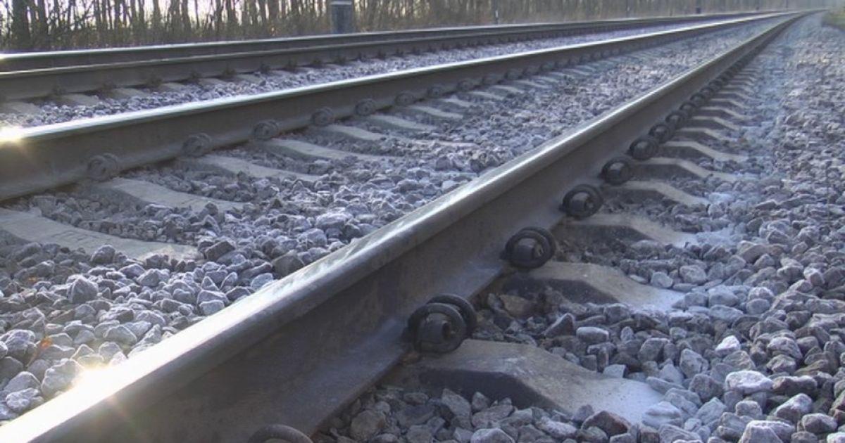 На Вінниччині 15-ти річна дівчинка потрапила під потяг